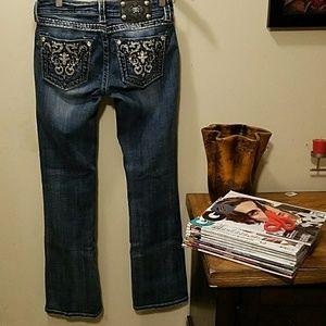 Miss Me jeans. 27x32